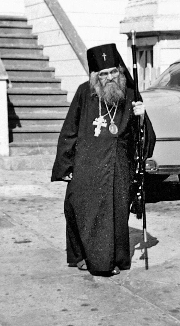 полезных свойствах фотография архиепископа иоанна шаховского обладает пневматическим приводом
