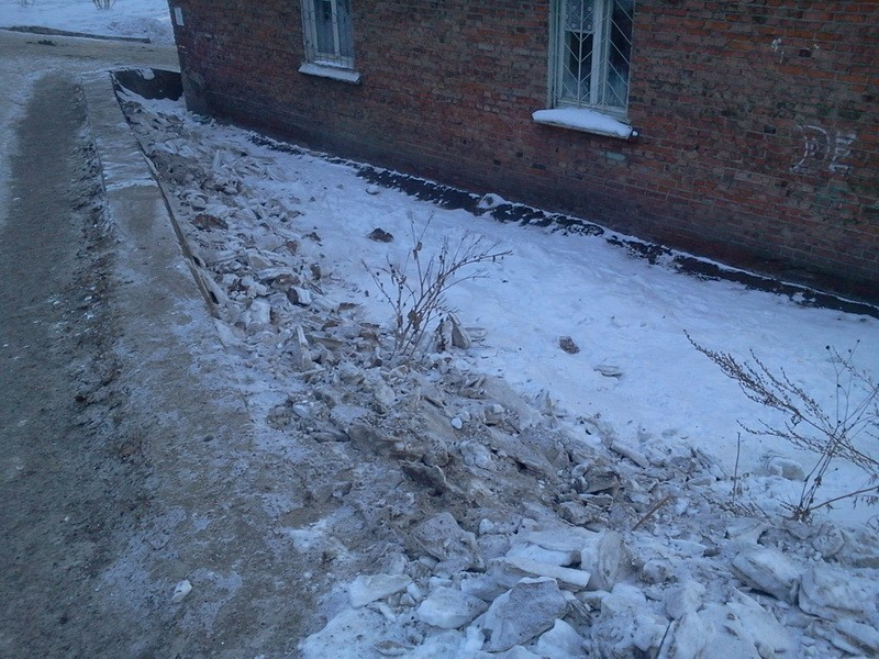 грязный снег 1