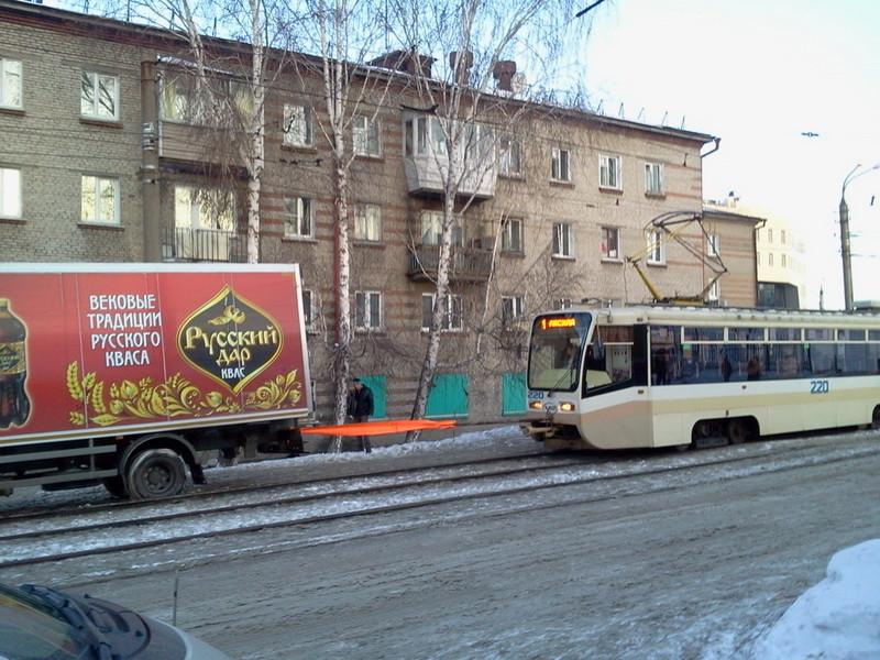 1 трамвай