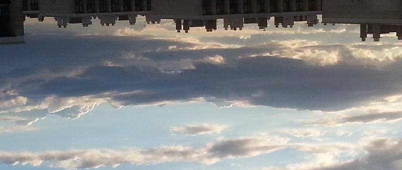 облака перевернутые