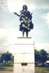 монумент 2