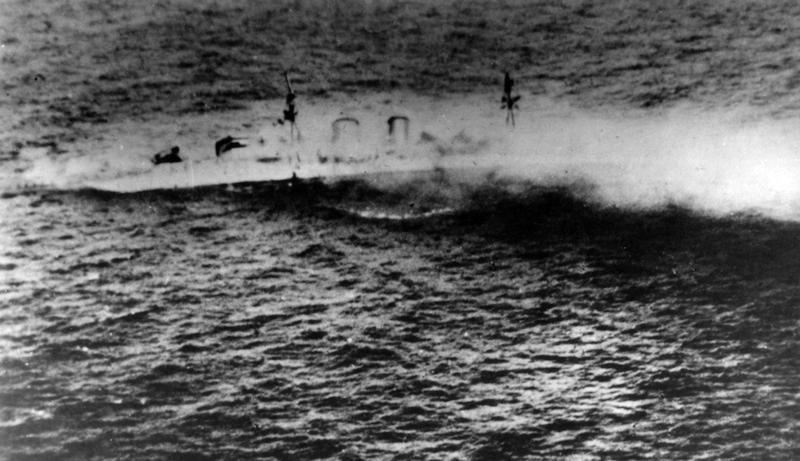 Exeter_sinking