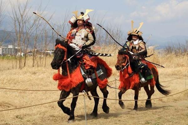2d4c00233fe45af32877717996628439--samurai-art-samurai-swords