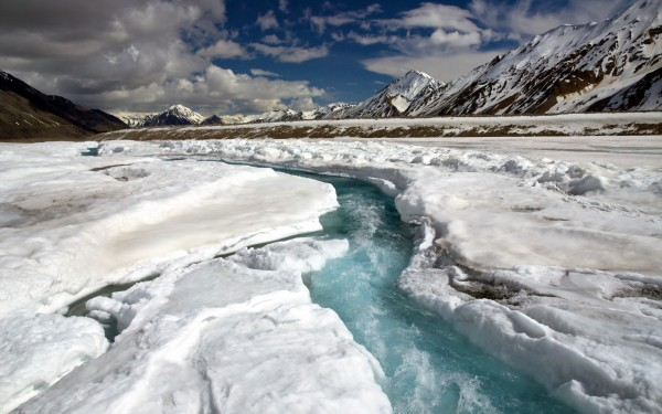Nature_Creek_in_Glacier_fault_102498_