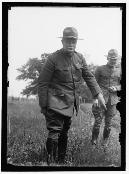 Gen._Hugh_L._Scott_at_Camp_Dix