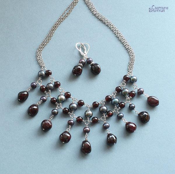 ожерелье бусы авторские украшения натуральные камни жемчуг гранат комплект