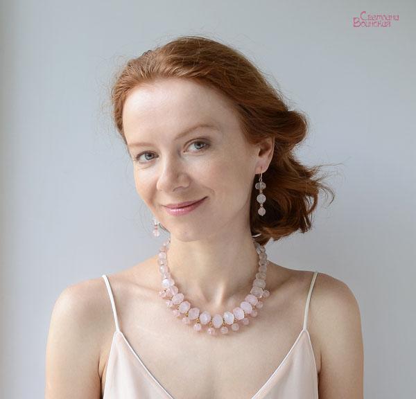 браслет ожерелье из натуральный розовый кварц длинные бусы комплект авторские украшения камни
