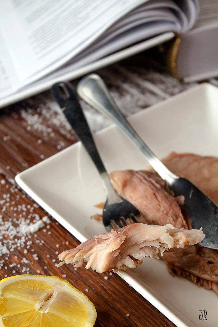 Рыба в «саркофаге» из соли