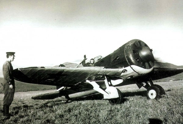 И-16 тип 5 перед взлетом