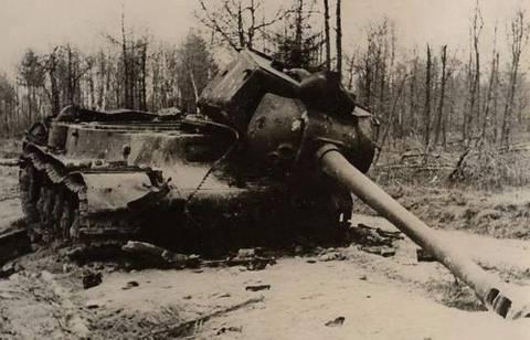_ИС-2 уничтожен.