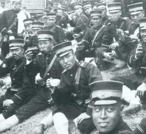 Японские пехотинцы