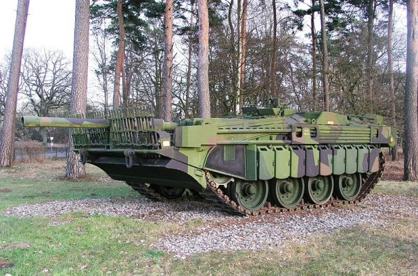 Stridsvagn 103 (Strv.103)