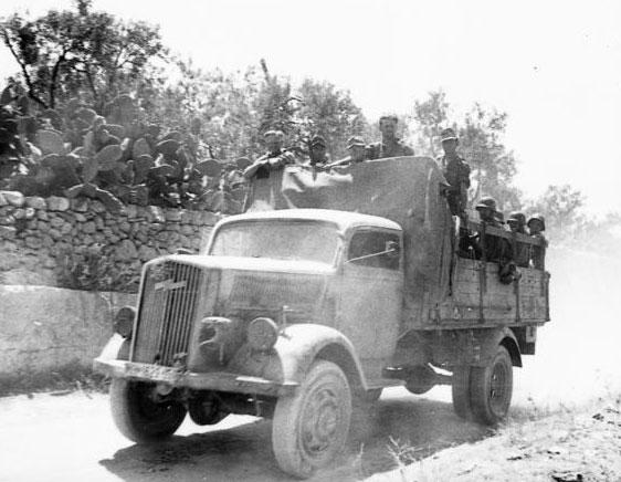 Opel-Blitz-1944