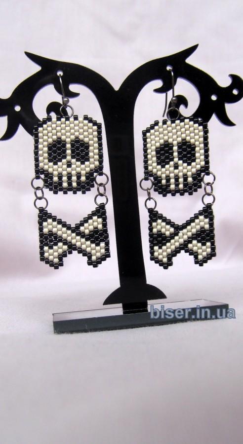 halloween_skull_earrings