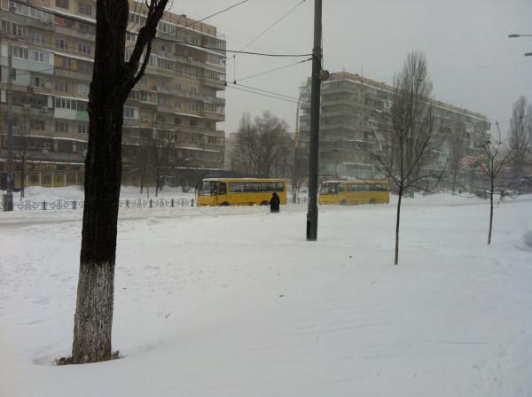 hi-techexpo-2012 022