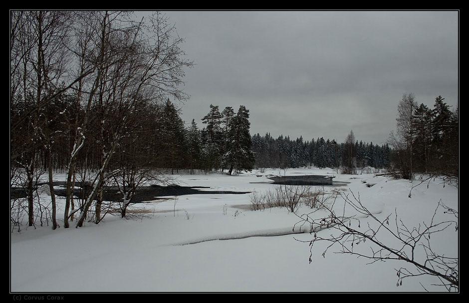 023c596b1b9348 ... и хочется показать наши края такими, какими мы их привыкли видеть в это время  года. Снег у нас лежит обычно до первой декады мая, так что сейчас ещё ...