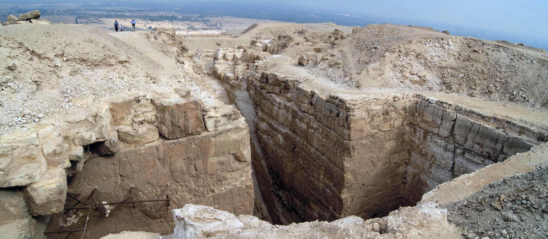 """""""Недостроенная пирамида"""" Абу-Роаш. Египет."""
