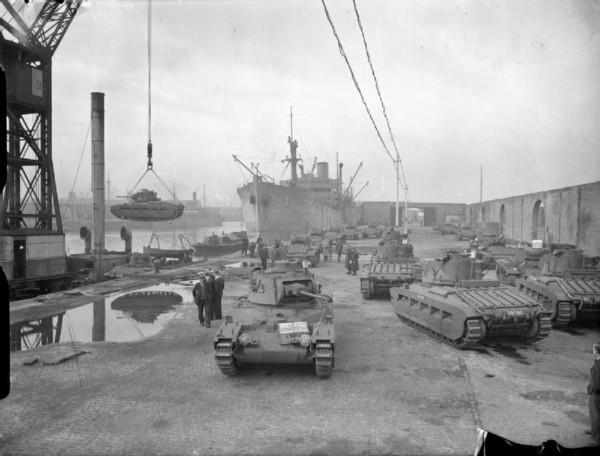 British_Tanks_1939-45_H14786