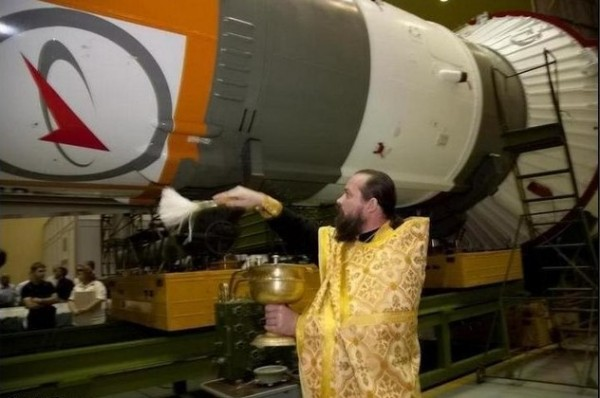 osvyaschenie_rakety