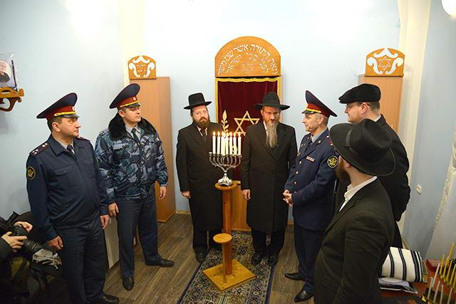 Евреи в тюрьме)