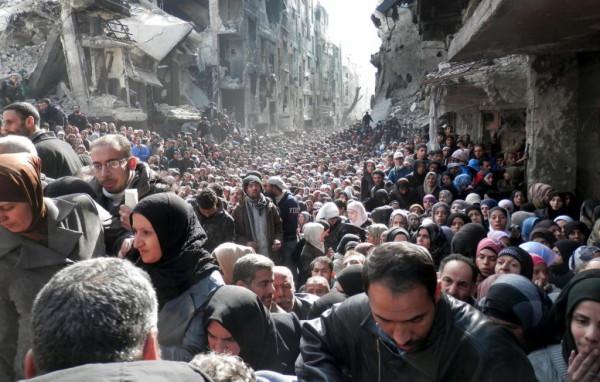 Беженцы-в-Европе-кризис-организован-США-10-1024x653