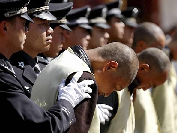 chinese-prisoners