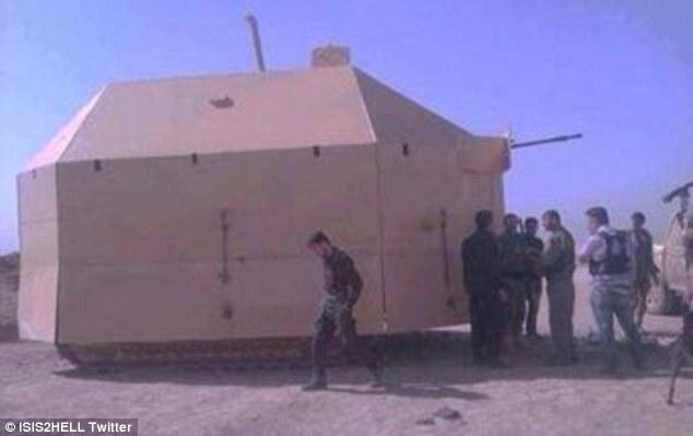 1411986002121_wps_27_Mad_max_Kurdish_fighting_