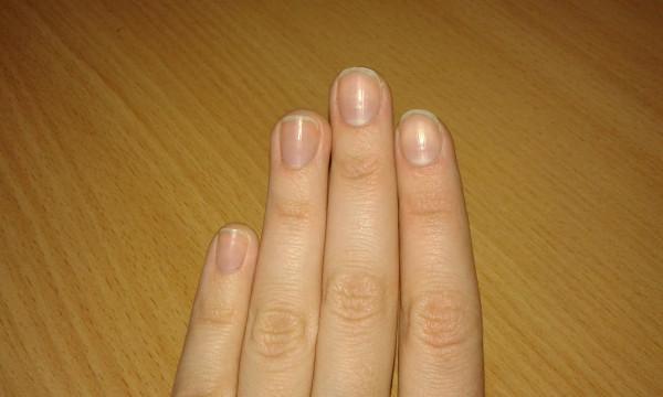 Какая форма подходит для широких ногтей