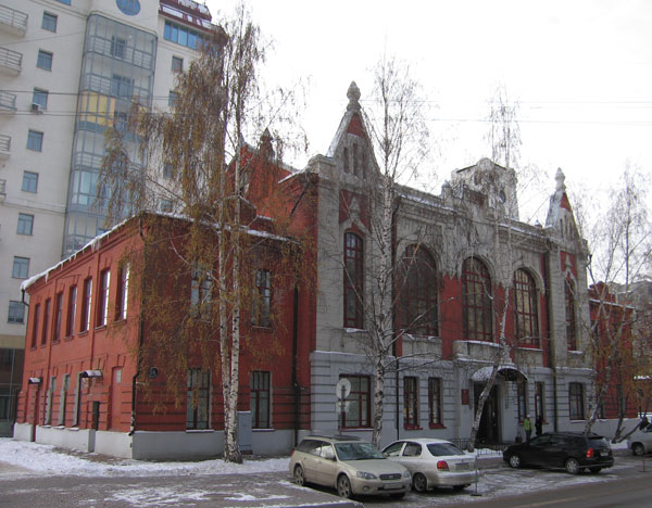 Городское (Андреевское) училище на ул. Сибирской, 54 с сайта http://nsk.novosibdom.ru
