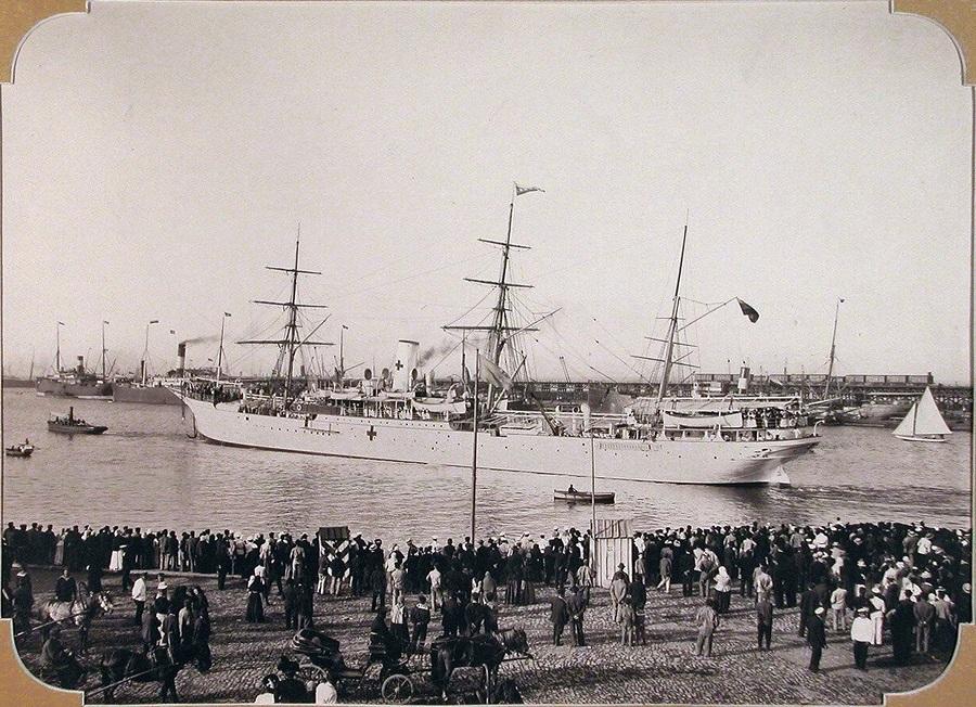 Госпитальное судно «Царица» отправляется на Дальний Восток России .Одесса 1900 год