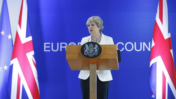 Тереза Мэй напомнила о «великом» законопроекте – контрольном выстреле для ЕС