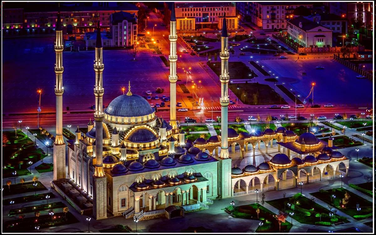 Грозный, мечеть Сердце Чечни (изображение взято из открытых источников)