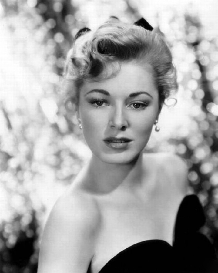 eleanor-parker-192630-photo-large-12