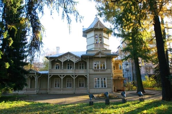 дом на Болотной