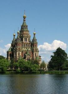 Храм в Петергофе