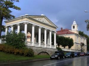 Храм в Павловске