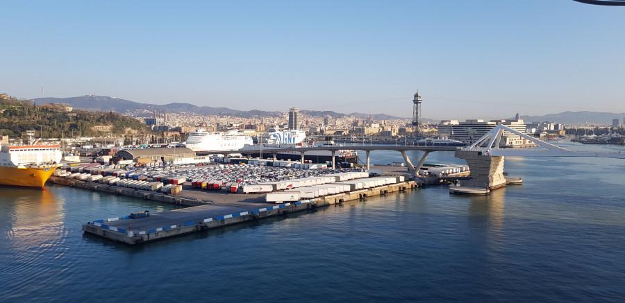 Сегодня мы в Барселоне отмечаем 5 (зачеркнуто) 10 лет до пенсии