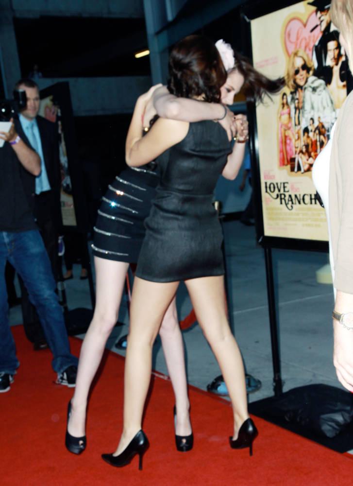 http://pics.livejournal.com/blossom03/pic/0001z9kf