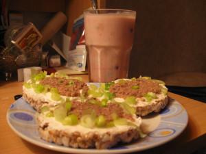Rice cakes Tuna