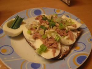 whole grain egg whites tuna leek
