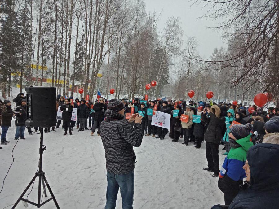 Массовый провал на митингах Навального:забастовка не удалась, а желающих идти на выборы стало больше