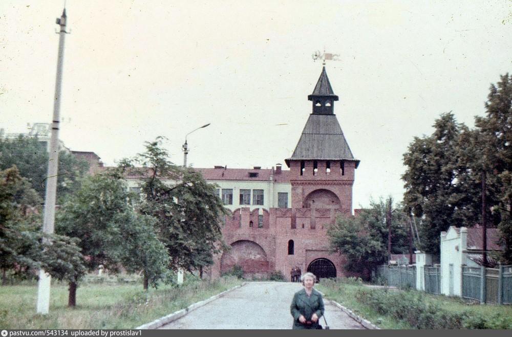 Пятницкая 1985.jpg