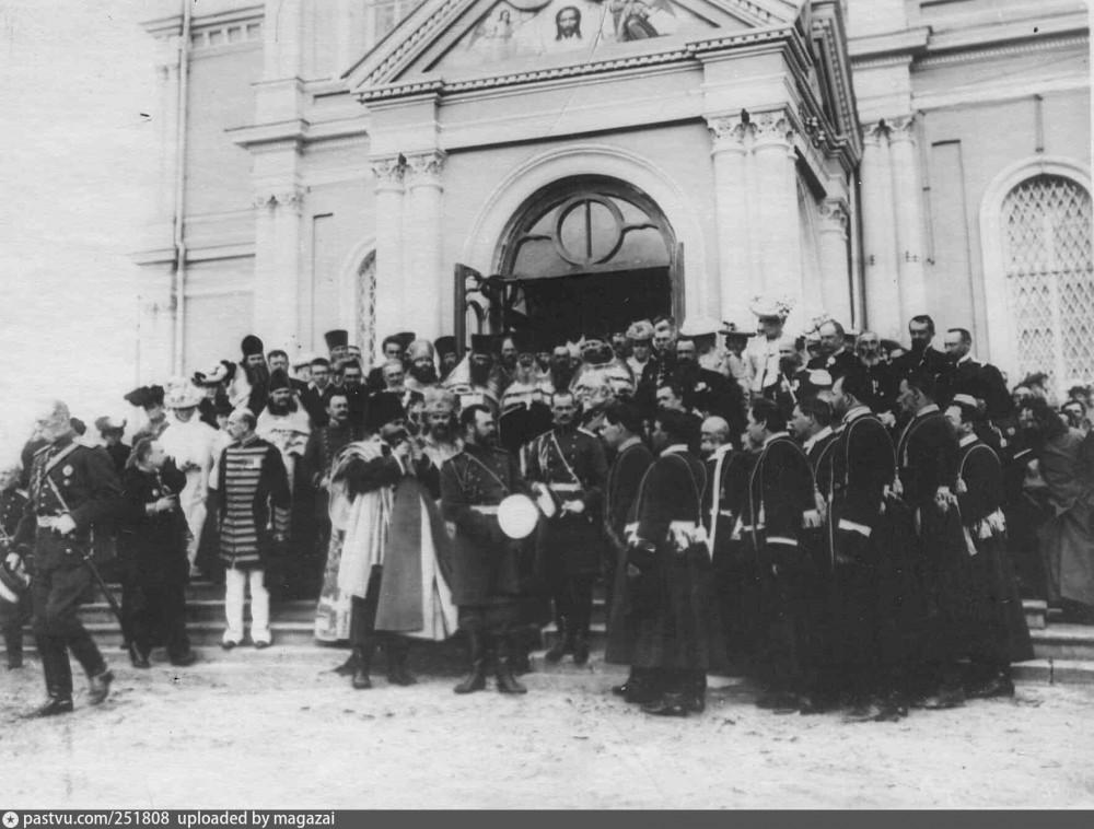 Богоявленский собор 1904 Николай 2.jpg