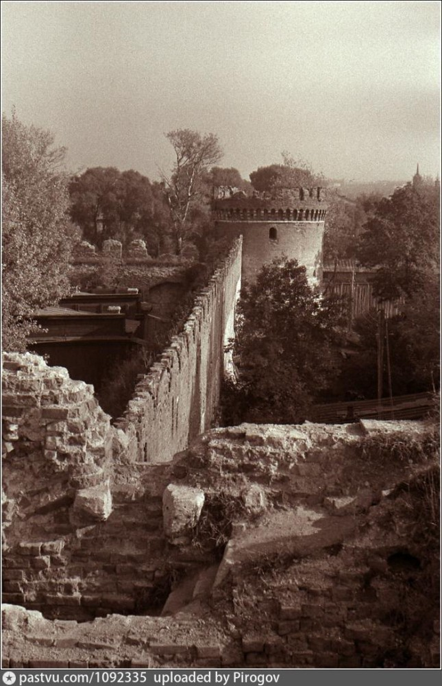 Ивановские ворота 1962.jpg