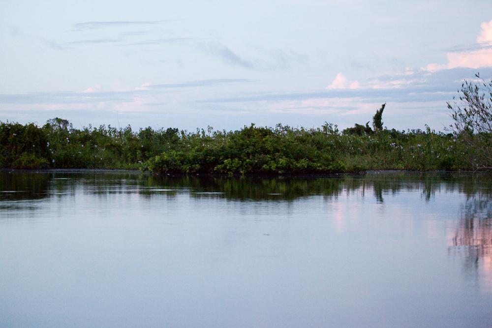 Рассвет на реке Якума