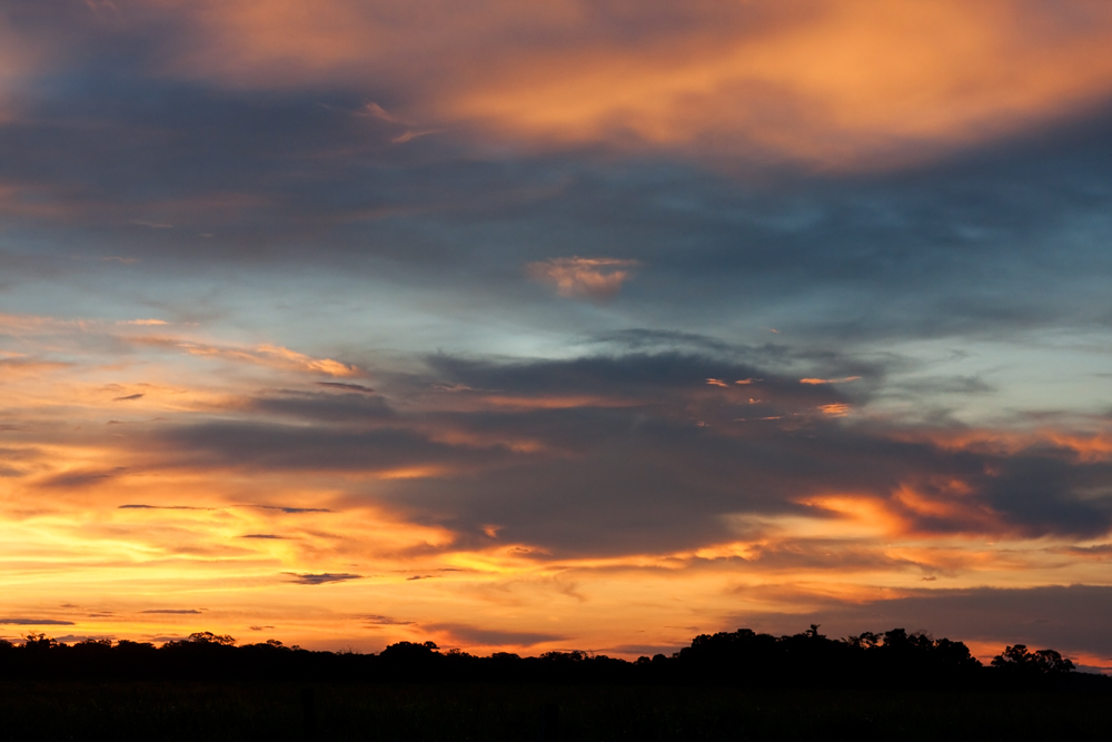Закат в боливийской пампе