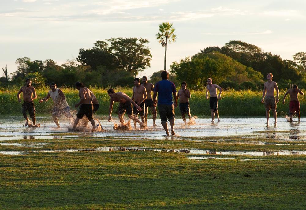 Футбол в боливийской пампе