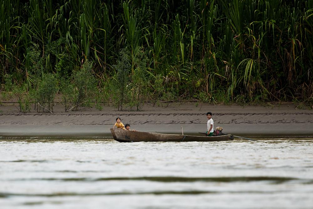 На реке Бени