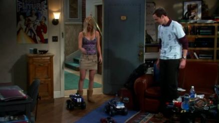 1x09-The-Cooper-Hofstadter-Polarization-penny-and-sheldon-22770597-1248-704.jpg