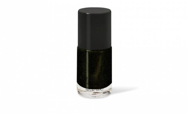 nail-varnish-night-out-black